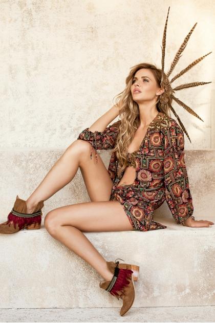 http://shop.paradiziaswimwear.com/img/p/400-1844-thickbox.jpg